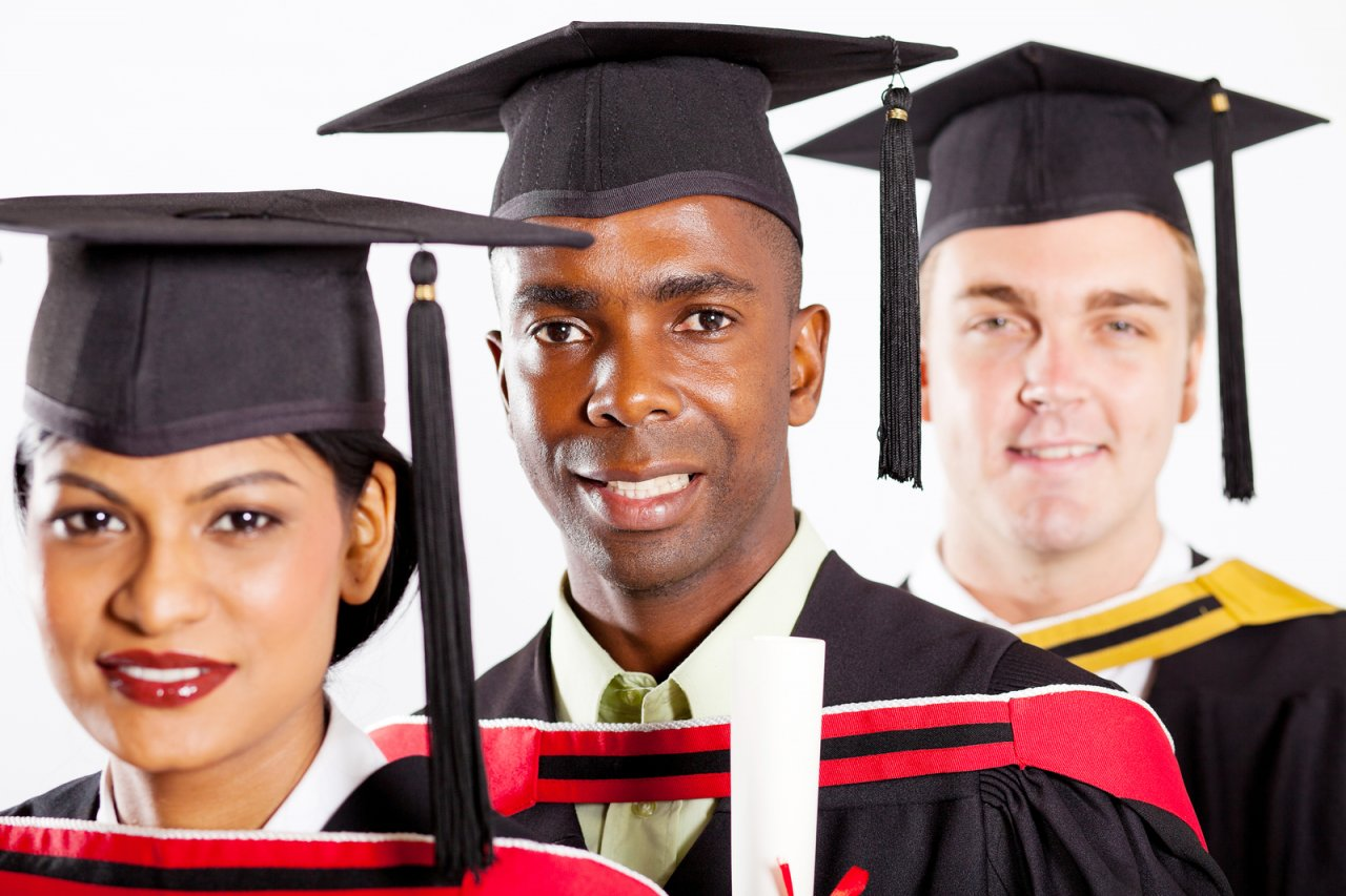 Applications from Overseas Students Increase for 2013/2014