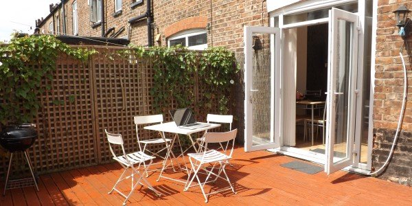 Manchester Boutique Student House, 9.3% Rental Return & Finance Available Subject to Status
